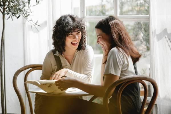 7 brzih trikova za uspešne male razgovore